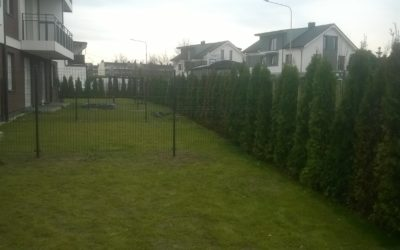 Czy budowa ogrodzenia wymaga pozwolenia sąsiadów?